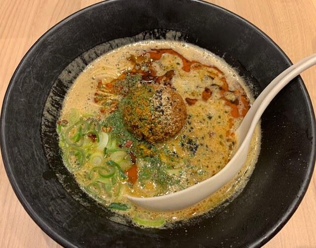 「一風堂 熊本下通店」担担麺を食べるならここ!刺激の一杯。癖になる味。熊本・下通り/担担麺・ラーメン