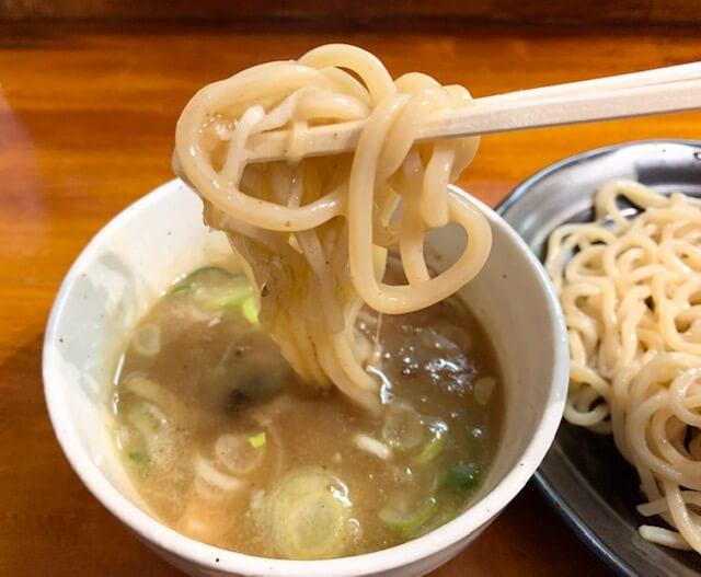「麺や 樂笑(らくしょう)」魚介系濃厚つけ麺。食べれば納得。高評価の口コミどおりの絶品。熊本・九品寺/つけ麺・ラーメン